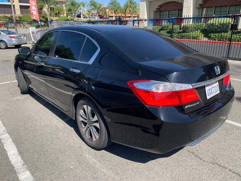 Honda Accord Sedan 2013 price $10,995