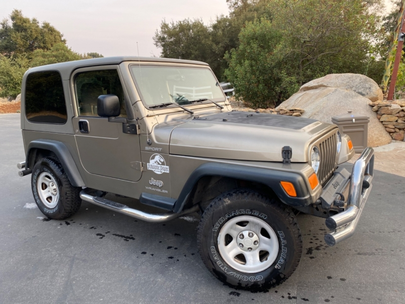 Jeep Wrangler 2004 price $12,995