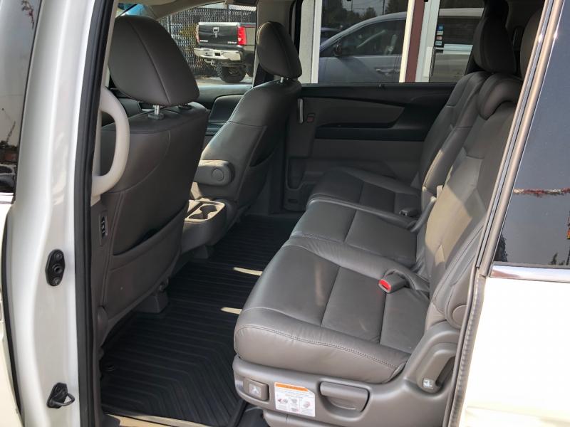 Honda Odyssey 2013 price $17,880