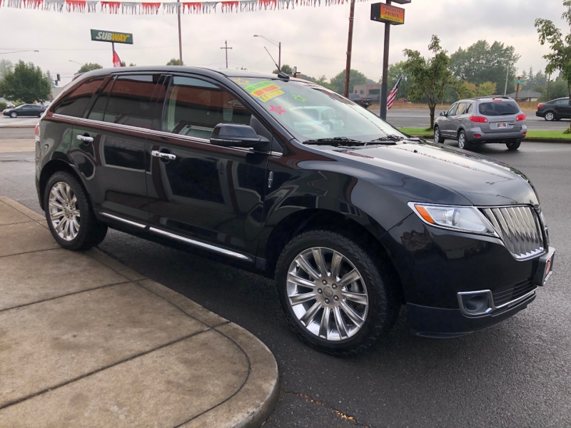 Lincoln MKX 2015 price $17,880