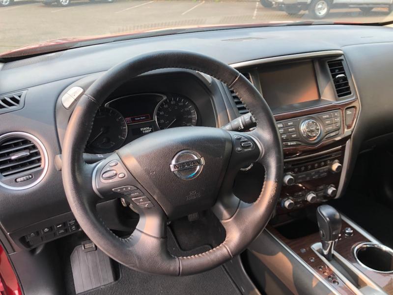 Nissan Pathfinder 2014 price $17,880