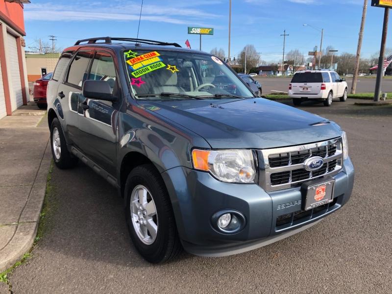 Ford Escape 2012 price $8,880