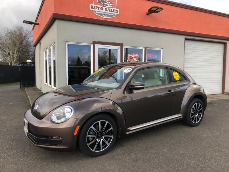 Volkswagen Beetle 2012 price $10,880