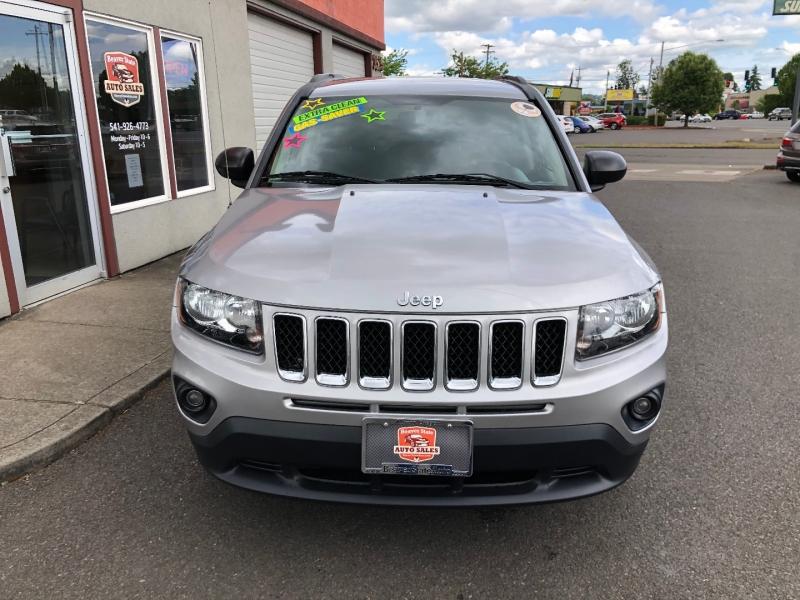 Jeep Compass 2015 price $11,880