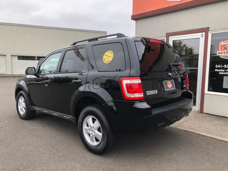 Ford Escape 2009 price $8,880