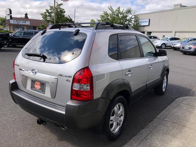 Hyundai Tucson 2006 price $6,880