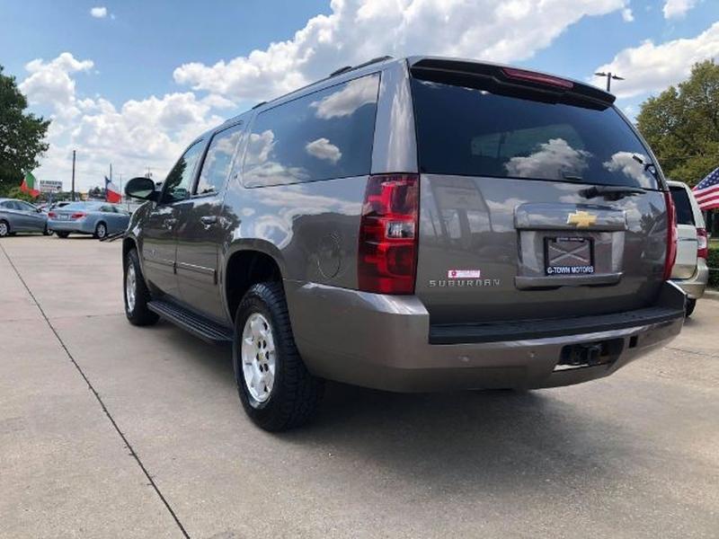 Chevrolet Suburban 2013 price $0