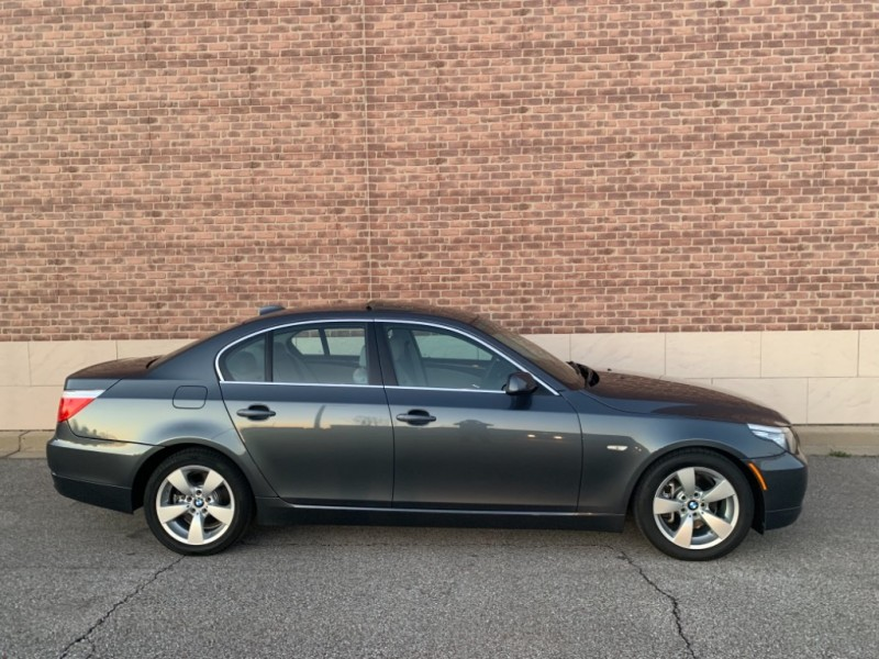 BMW 5-Series 2008 price $8,900