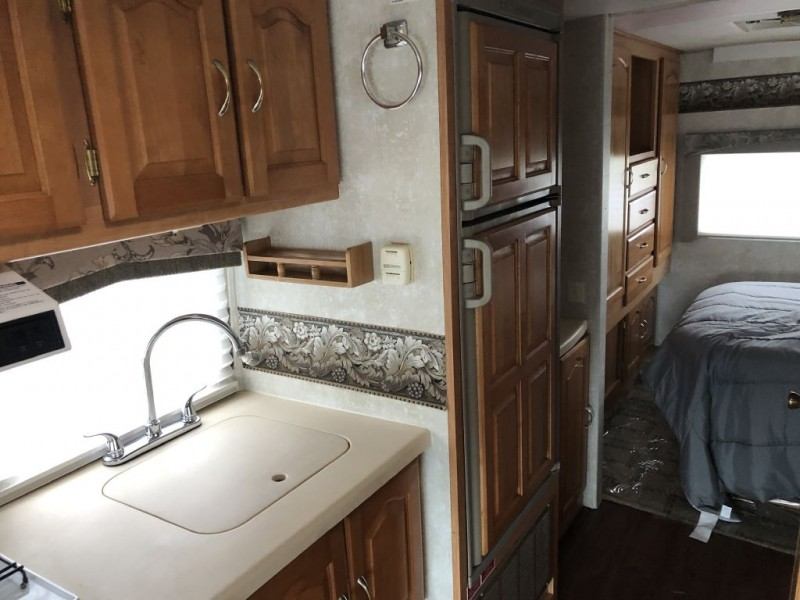 - LEXINGTON 2005 price $37,950