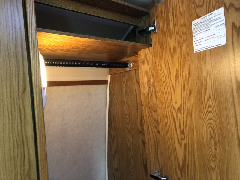 AIRSTREAM SAFARI 25A 2002 price $33,950