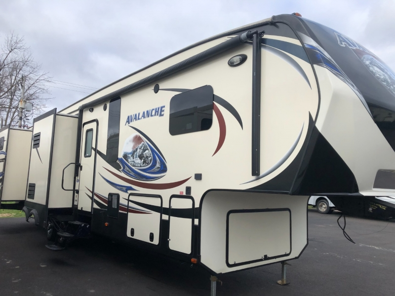 - AVALANCHE 2014 price $36,950