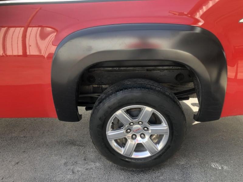 GMC Sierra 1500 2011 price $17,750