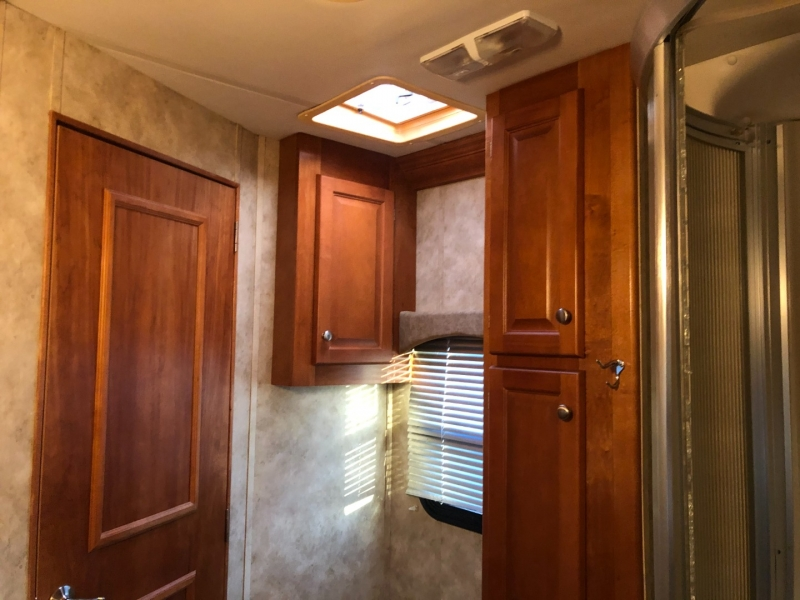 - COUNTRY CLUB 2008 price $79,950