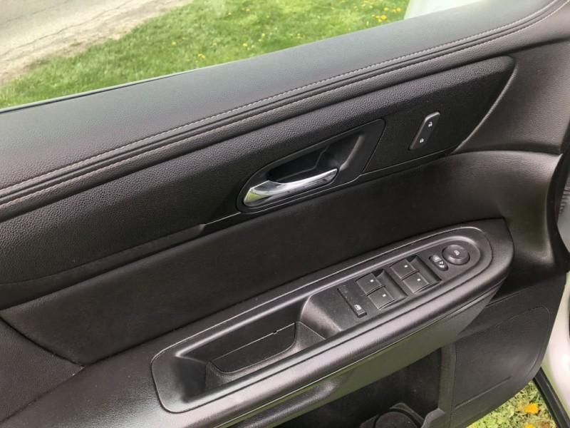 Chevrolet Traverse 2017 price $20,950