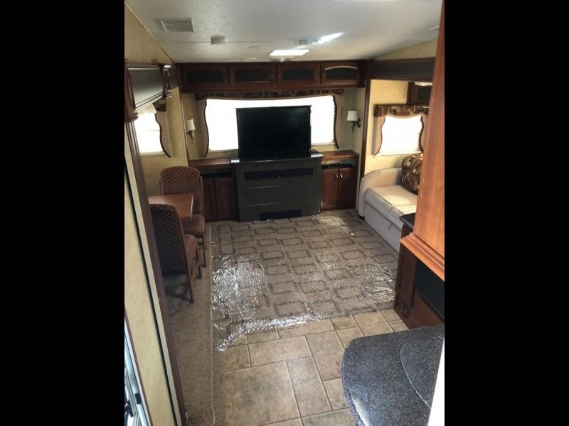 - CRUSAUDER 270RE 2011 price $17,950
