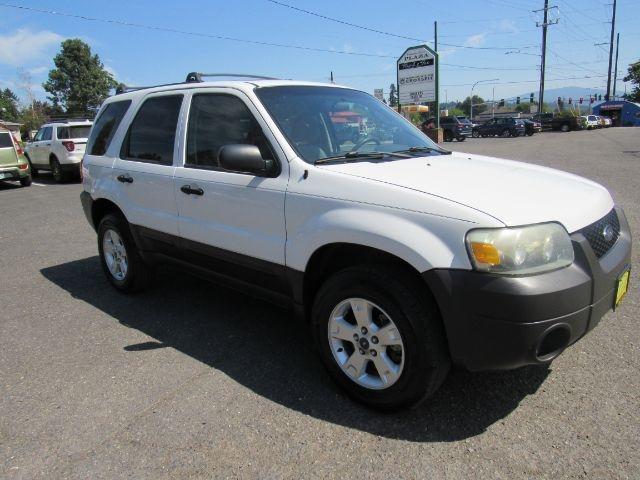 Ford Escape 2005 price $7,995
