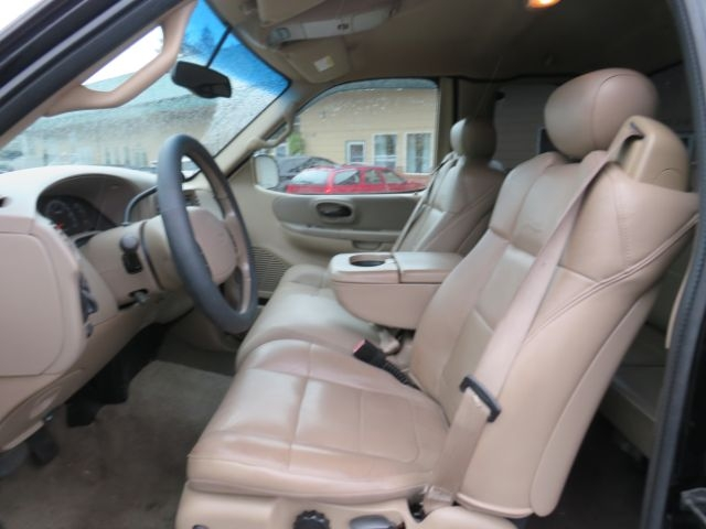 Ford F-150 2001 price $11,995