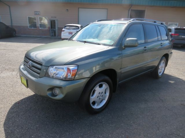 Toyota Highlander 2007 price $9,995