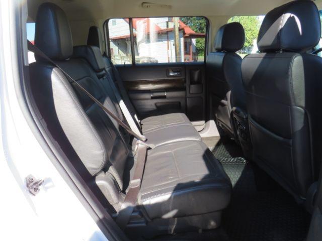 Ford Flex 2015 price $17,995