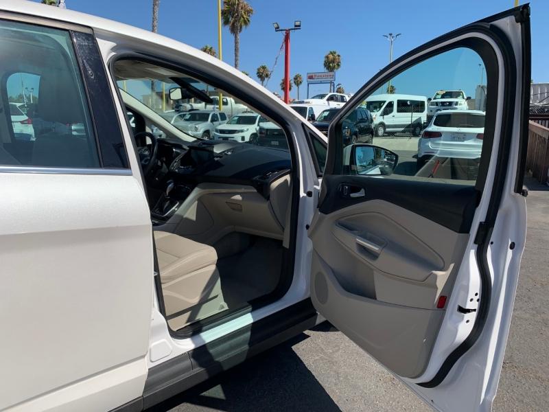 Ford C-Max Energi 2014 price $8,988