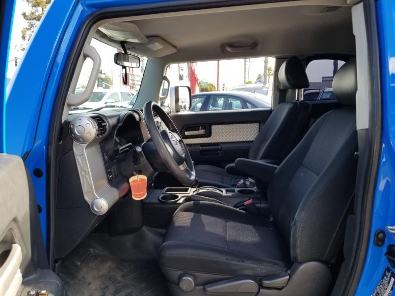 Toyota FJ Cruiser 2007 price $13,988