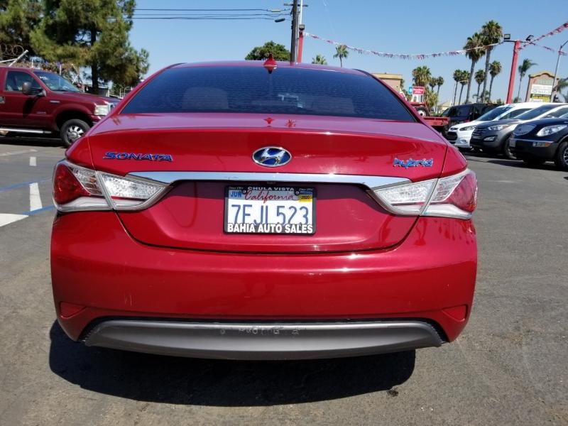 Hyundai Sonata Hybrid 2014 price $9,988