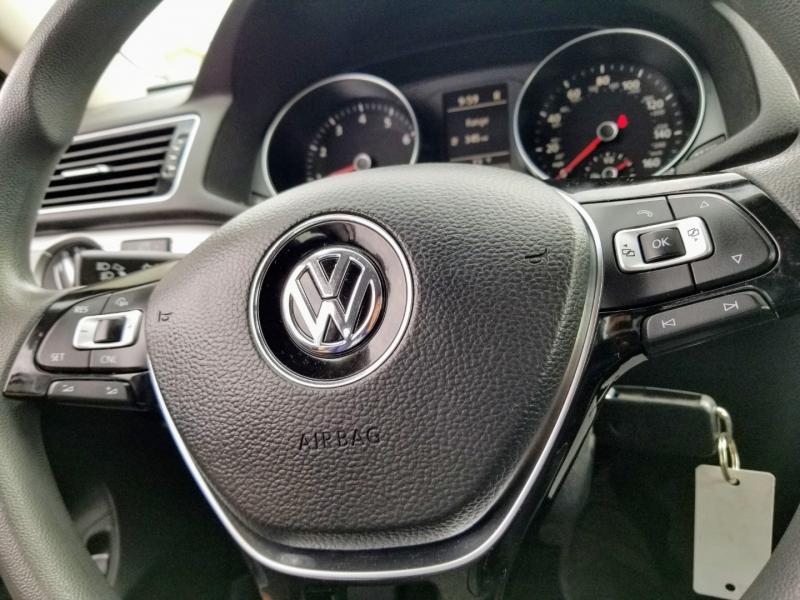 Volkswagen Passat 2016 price $10,988