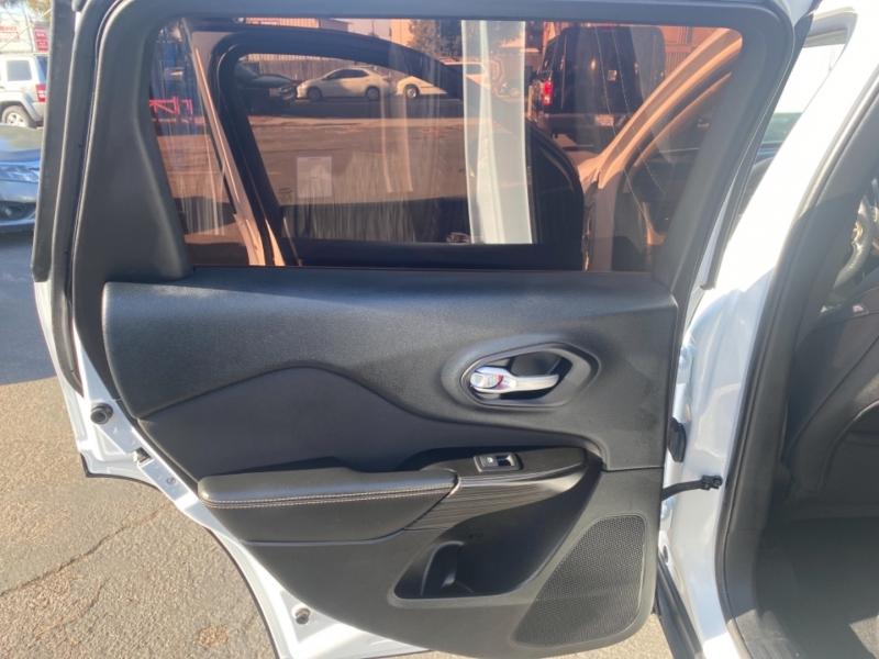 Jeep Cherokee 2014 price $14,988