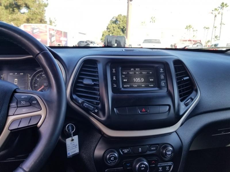 Jeep Cherokee 2014 price $12,988