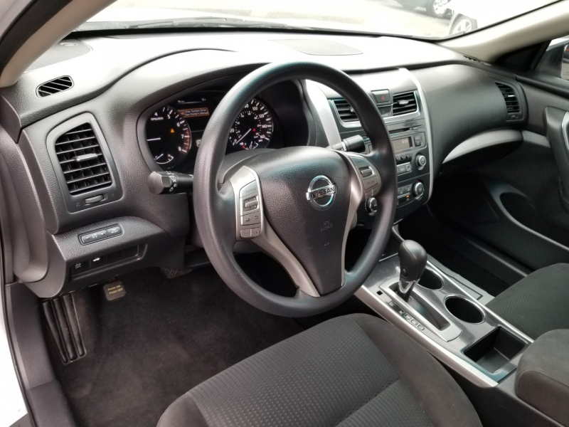 Nissan Altima 2014 price $11,988