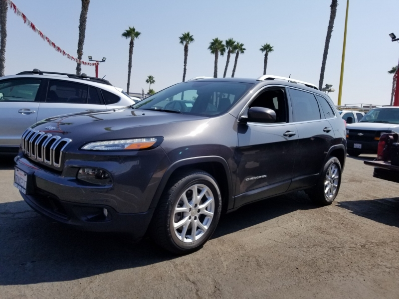 Jeep Cherokee 2016 price $13,988