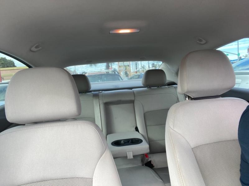 Chevrolet Cruze 2017 price $12,988