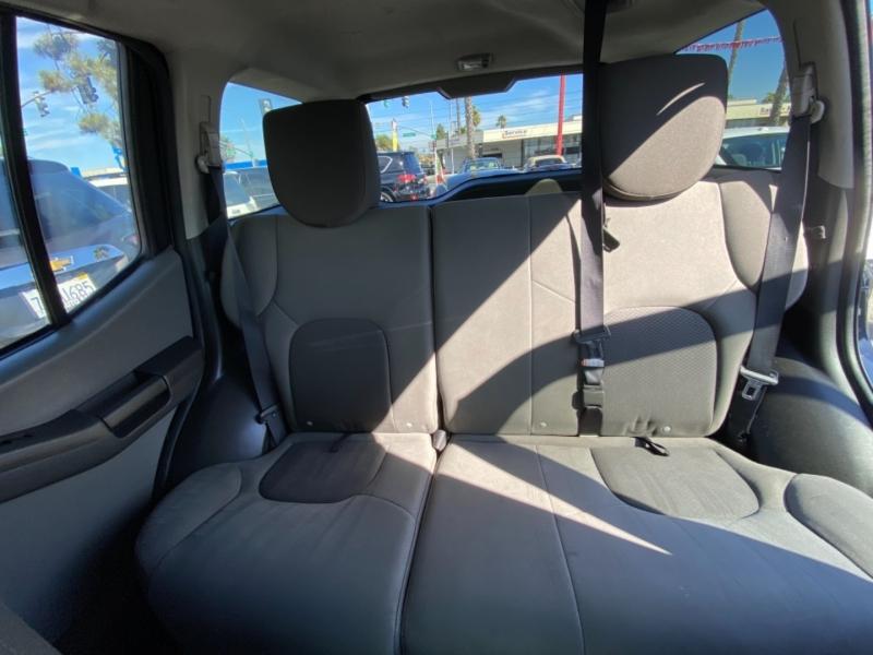 Mini Cooper Hardtop 2011 price $6,988
