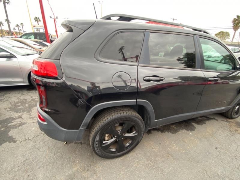 Jeep Cherokee 2016 price $11,988