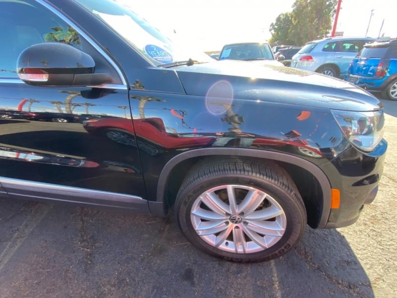 Volkswagen Tiguan 2013 price $9,988