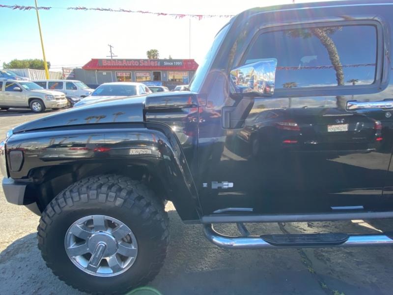Hummer H3 2006 price $13,988
