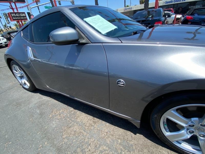 Nissan 370Z 2012 price $17,988
