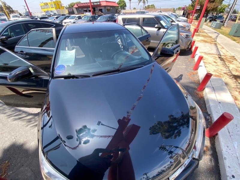 Toyota Camry 2016 price $14,988