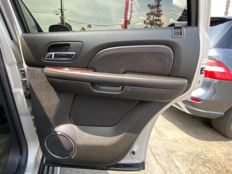 GMC Yukon Denali 2007 price $14,988