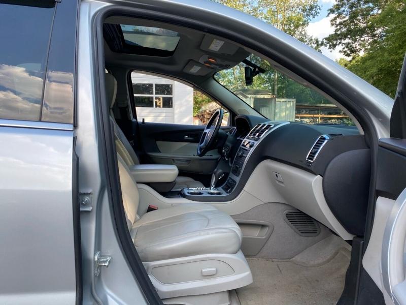GMC Acadia 2012 price $8,400