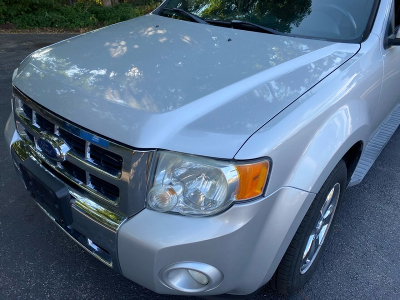 Ford Escape 2009 price $5,500