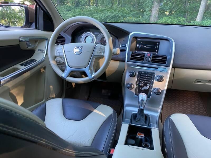 Volvo XC60 2013 price $11,500