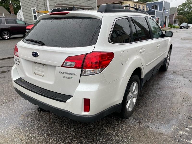 Subaru Outback 2012 price $10,600