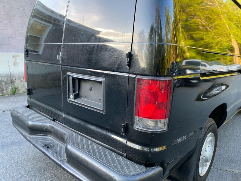 Ford E-Series Cargo 2014 price $13,800