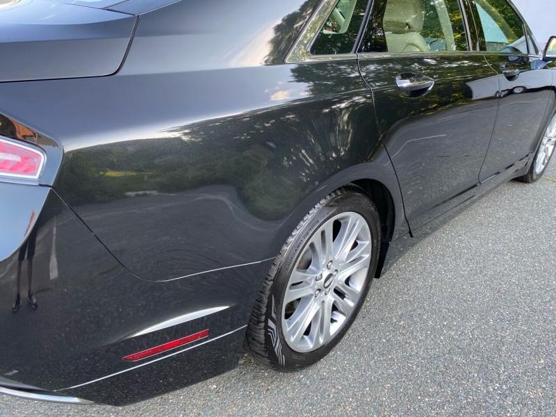 Lincoln MKZ Hybrid 2013 price $14,699