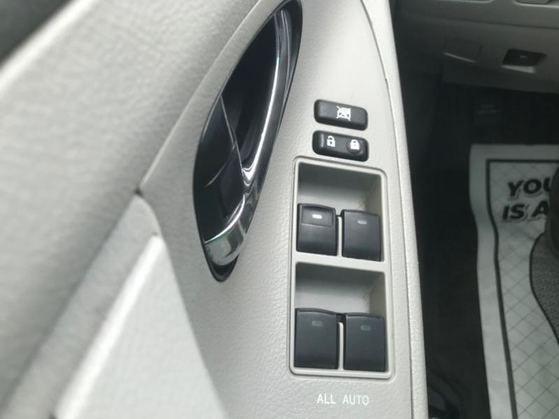 Toyota Camry 2011 price $9,575
