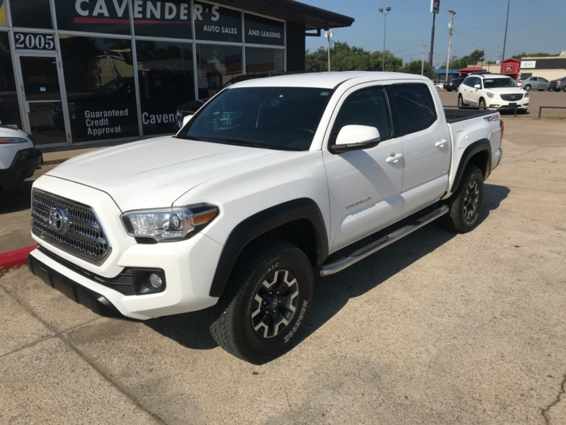 Toyota Tacoma 2016 price $32,685