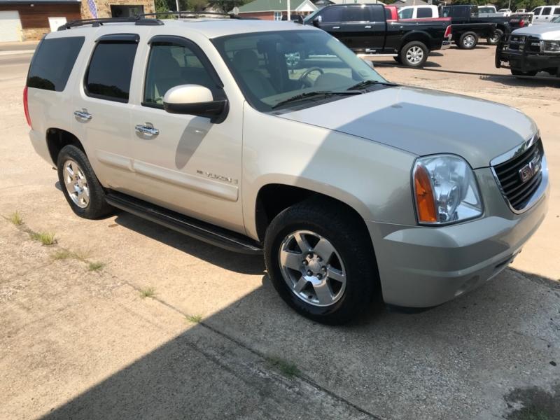 GMC Yukon 2009 price $11,575