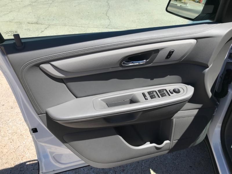 Chevrolet Traverse 2017 price $15,675