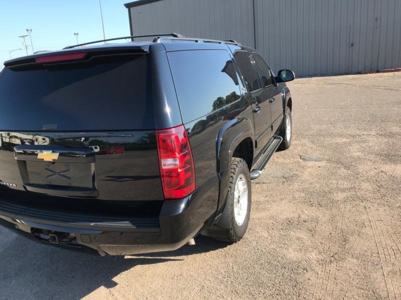 Chevrolet Suburban 2013 price $17,785